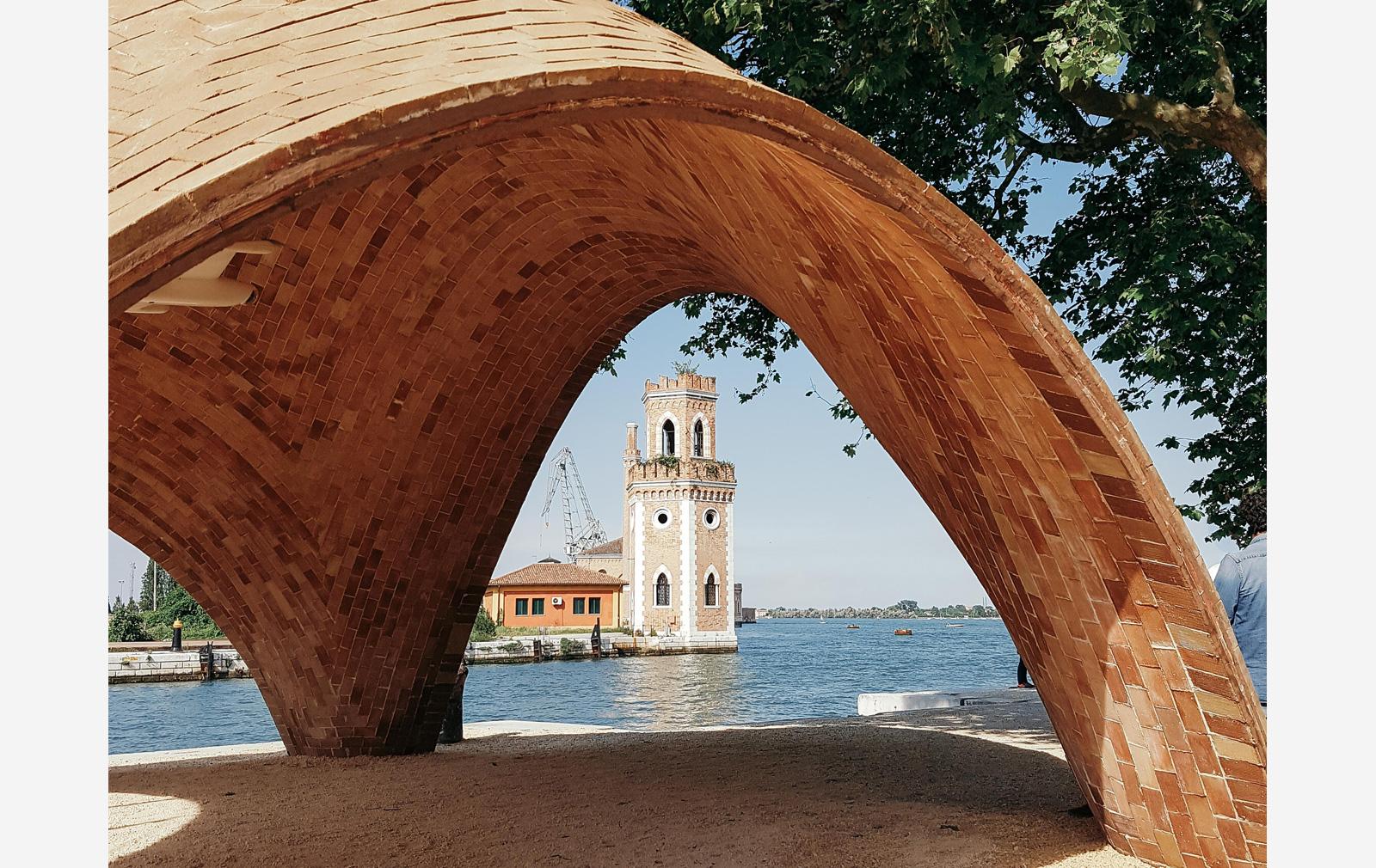 Venice-Biennale-norman-foster-droneport 2