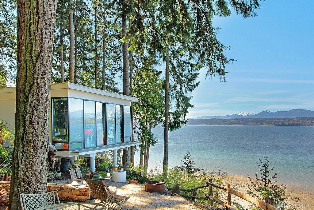 Beach House Designed By William Bain Jr Via 360 Modern