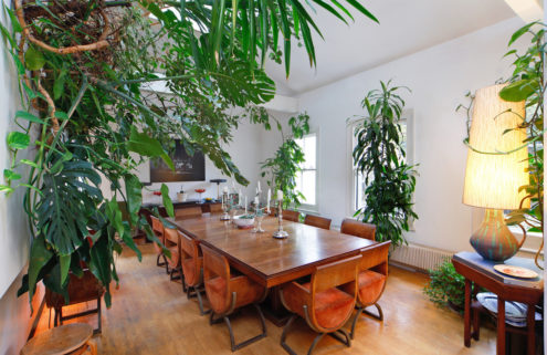 Could this green-filled dining room in Notting Hill be your next office? Vrumi think so