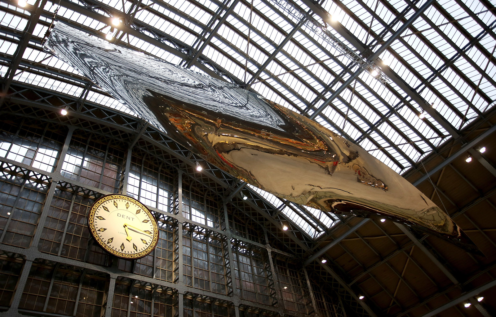 Ron Arad Terrace Wires At St Pancras International