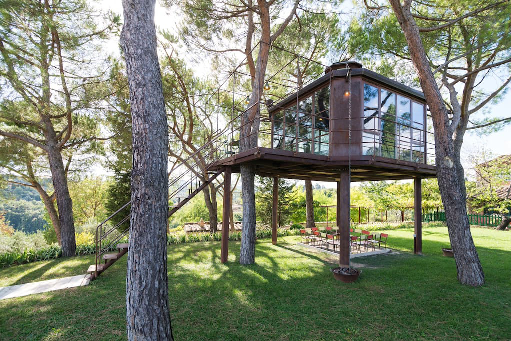 elena-barthel-treehouse-in-tuscany
