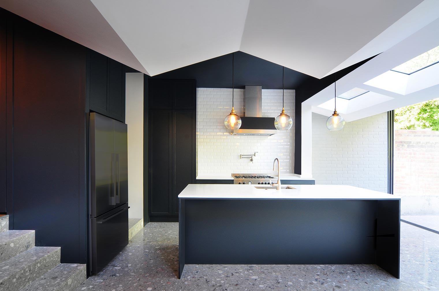 Folds House by Bureau de Change