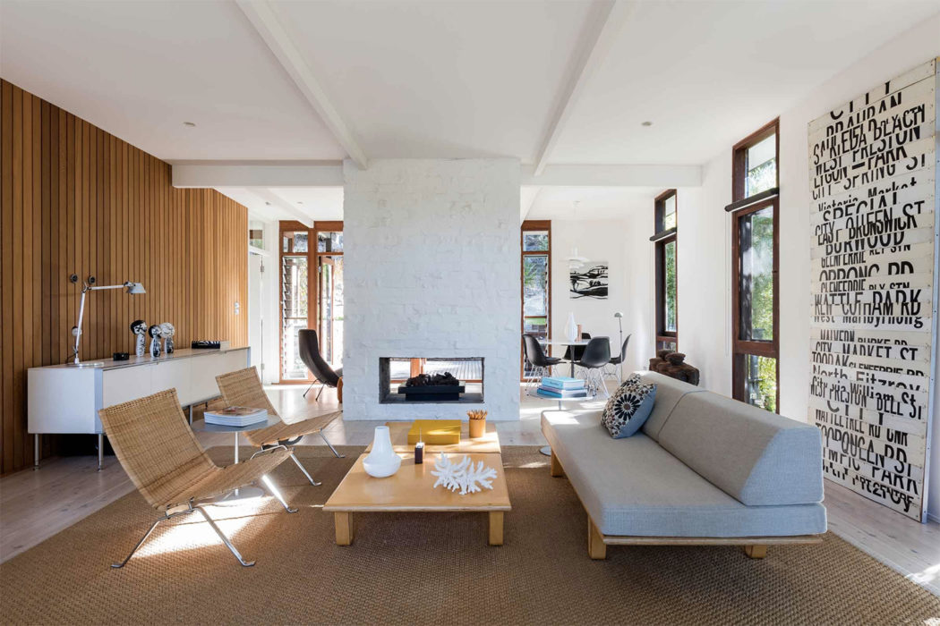 Mid Century Beach House By Brian Mazlin Goes On Sale Near