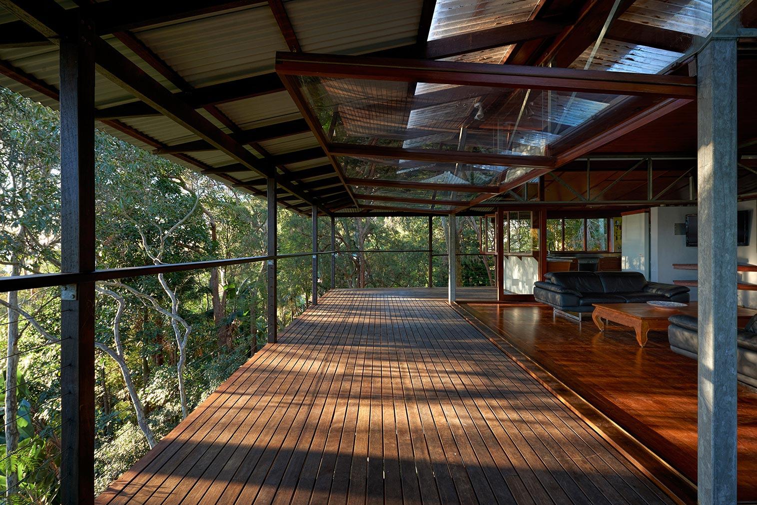 Delightful Treetop House #8: Treetop House By Peter Stutchbury