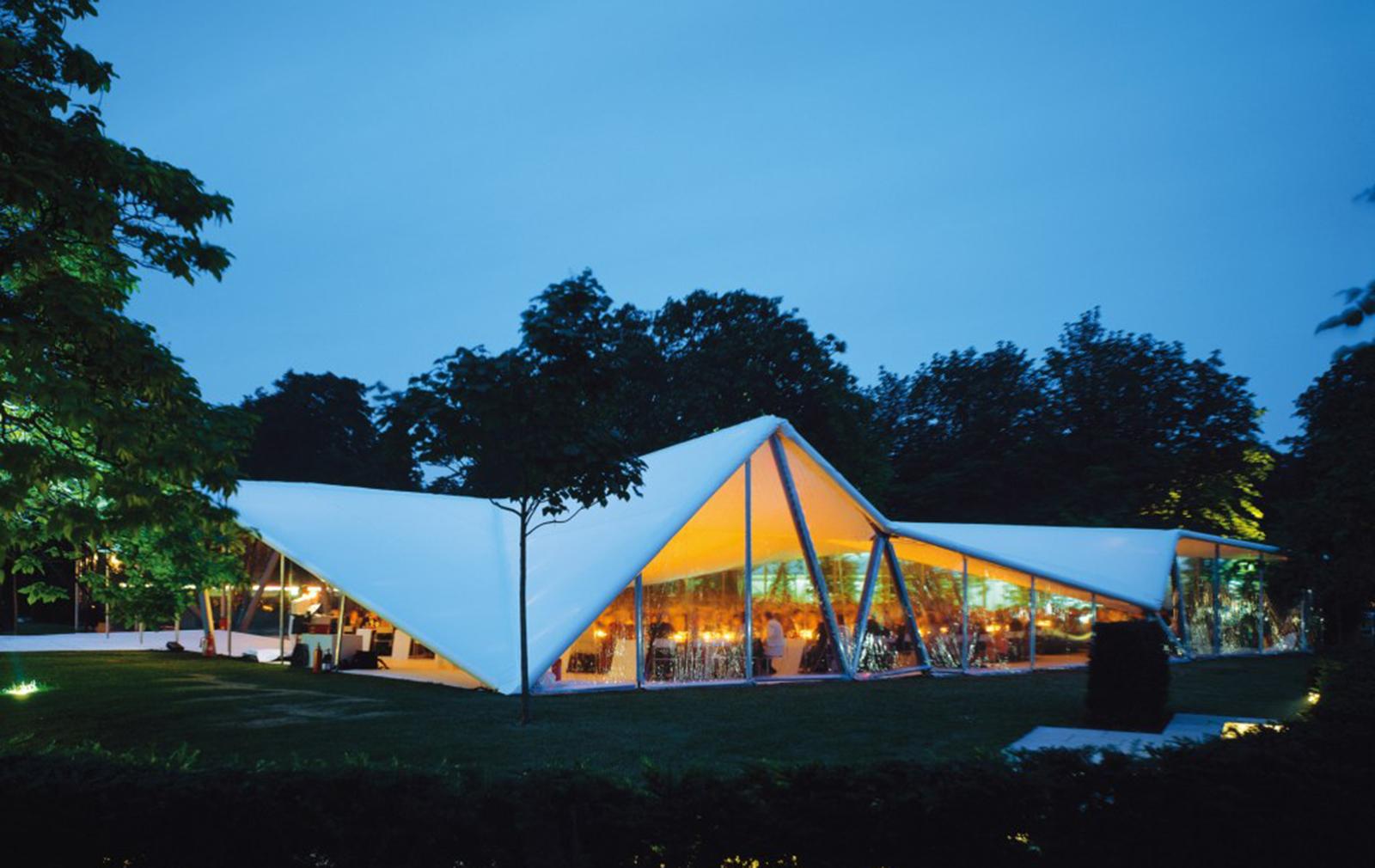 zaha-hadid-serpentine-gallery-pavilion-2000