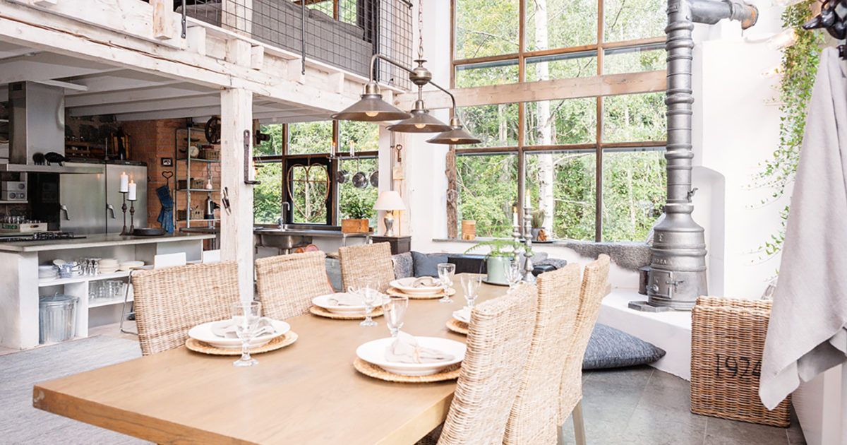 Property of the week a converted ironworks in sweden for Salle a manger karma