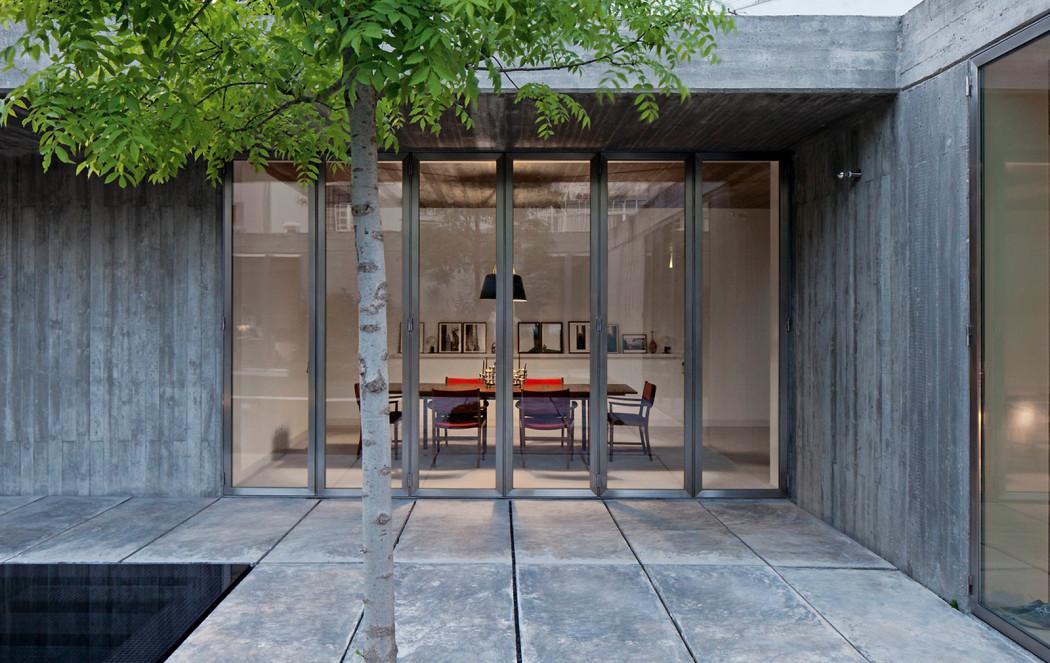 Via Casa Moderna