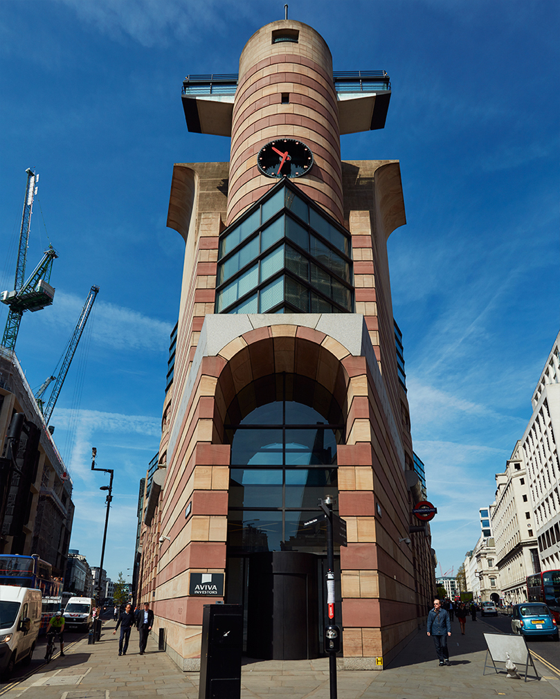 Postmodern London Landmark No 1 Poultry Gets Listed Status