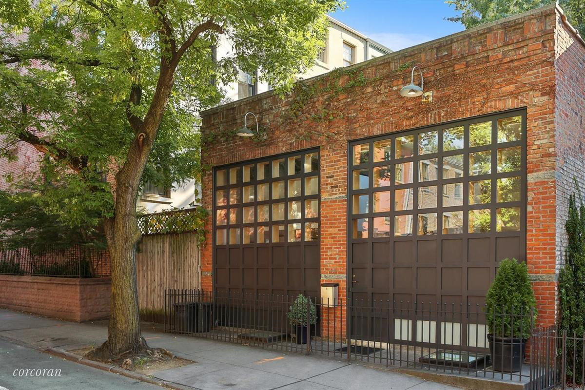 Carriage House for sale in New York City