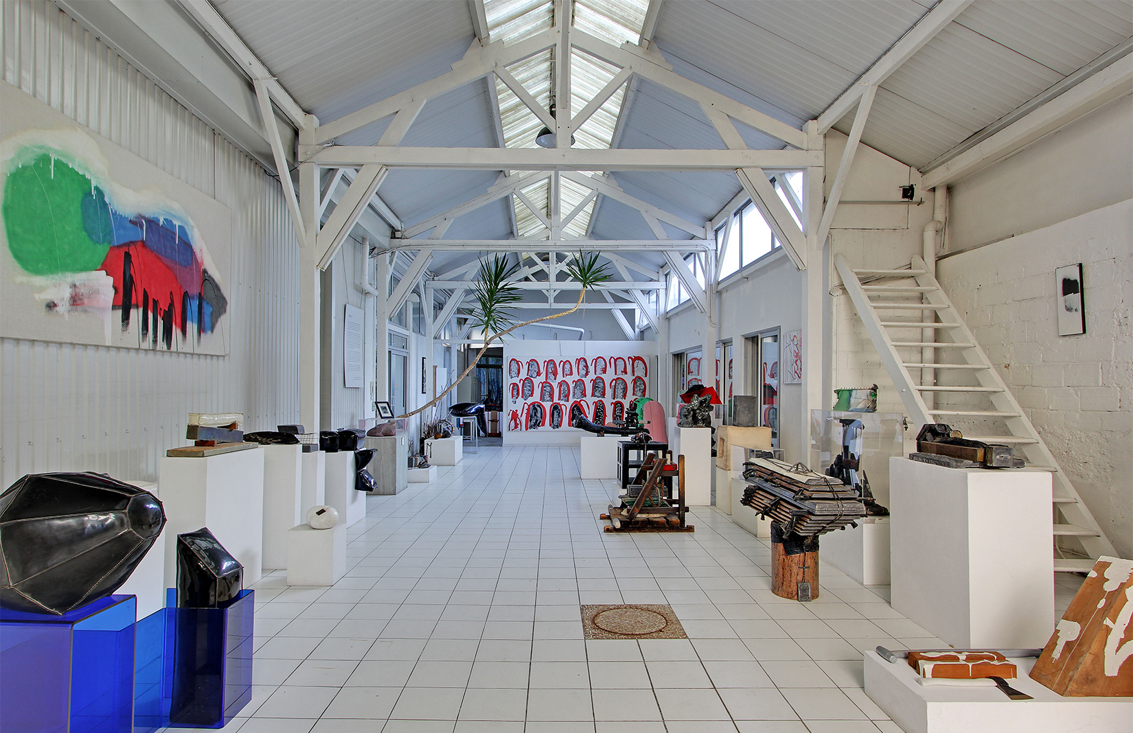 Paris artists home: François Arnal's former factory live/work studio