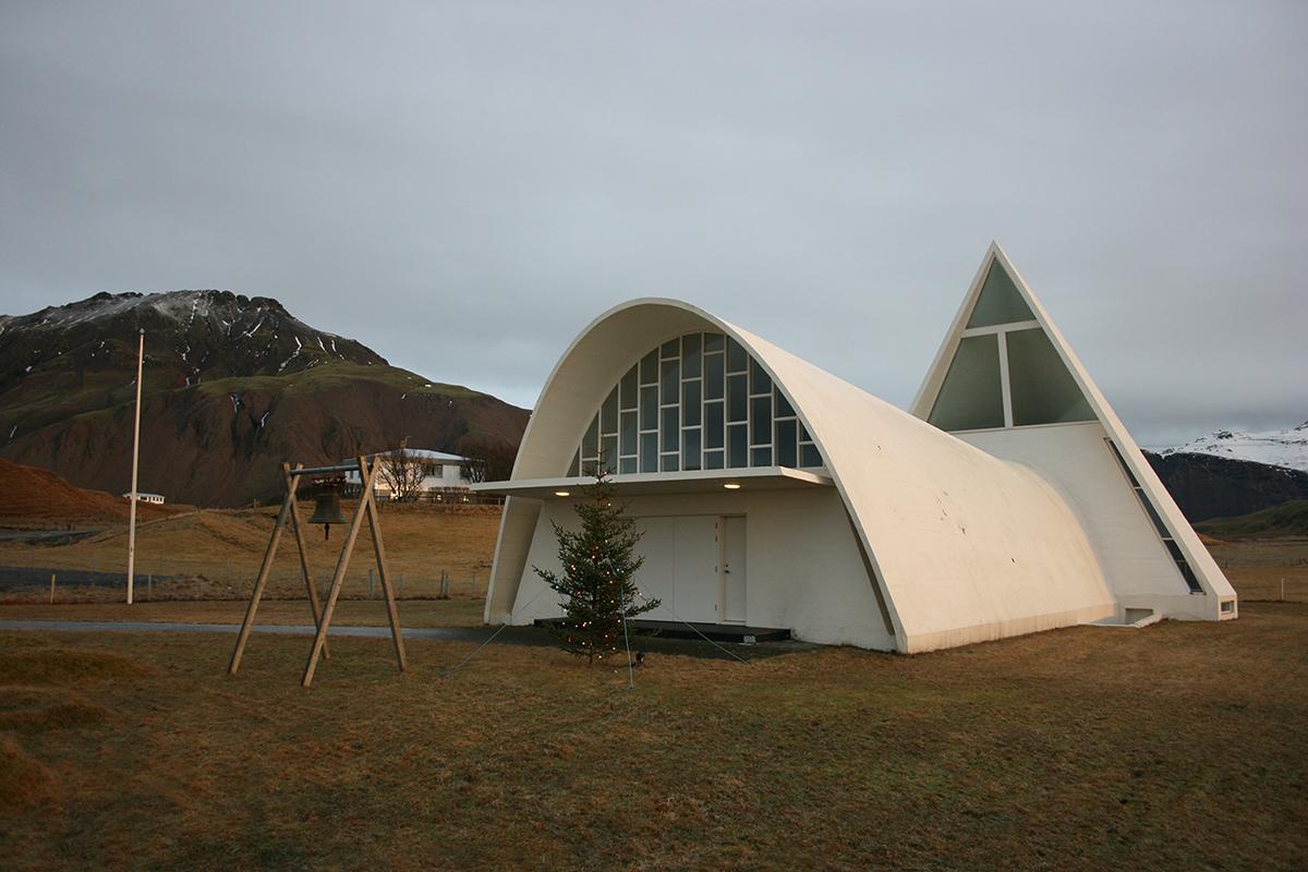 Icelandic architecture: Bjarnaneskirkja