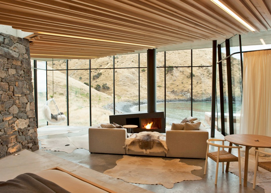 Holiday home of the week: a contemporary cottage on a private beach in New Zealand by Patterson Associates