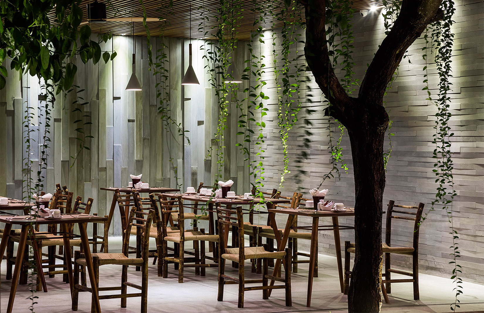 Vietnam hotel designed by architect Vo Trong Nghia