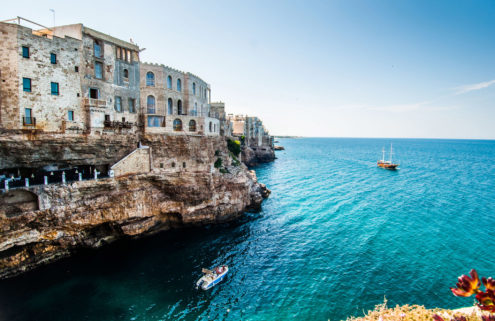Italian holiday home: Cliff house