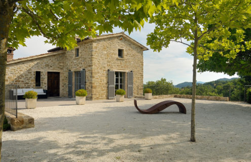 Converted Italian farmhouse with earning potential hits the market in Umbria for €1.49m