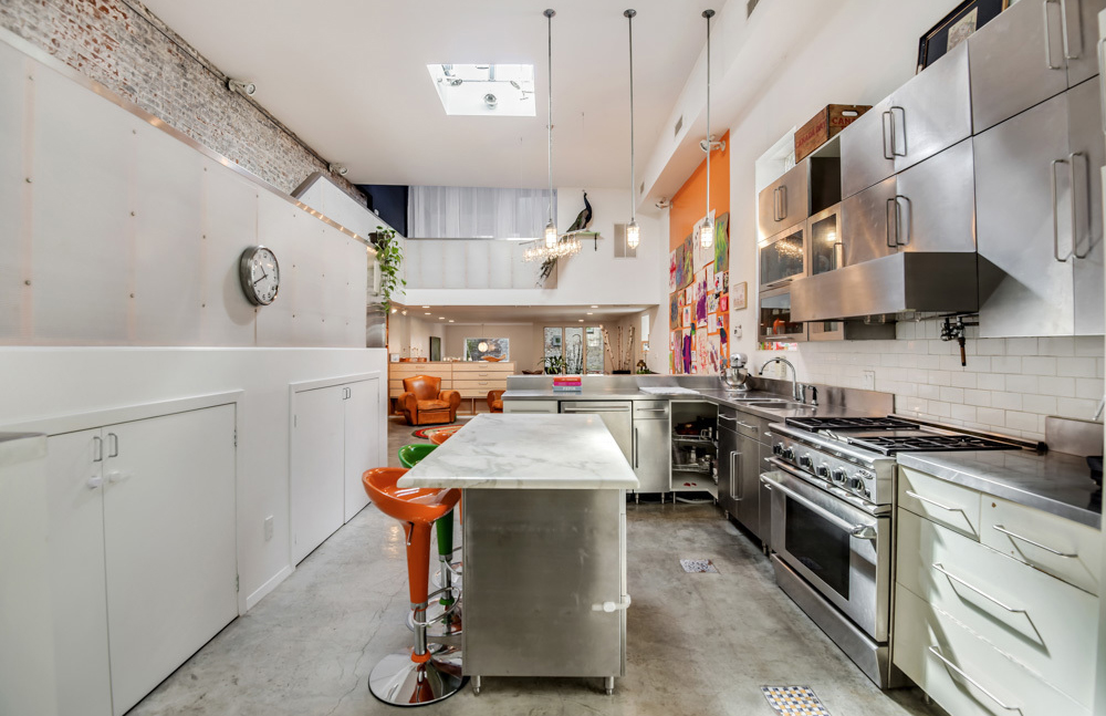 Hidden Brooklyn loft with soaring ceilings lists for $1 895m