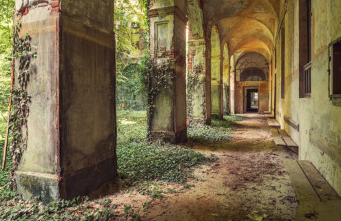 Gina Soden captures the beauty of Europe's derelict buildings