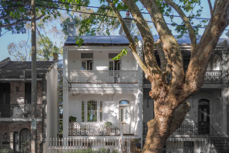 Sydney property by MCK Architects
