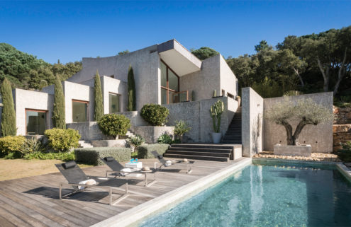 Holiday home of the week: A dramatic hilltop villa on the French Riviera
