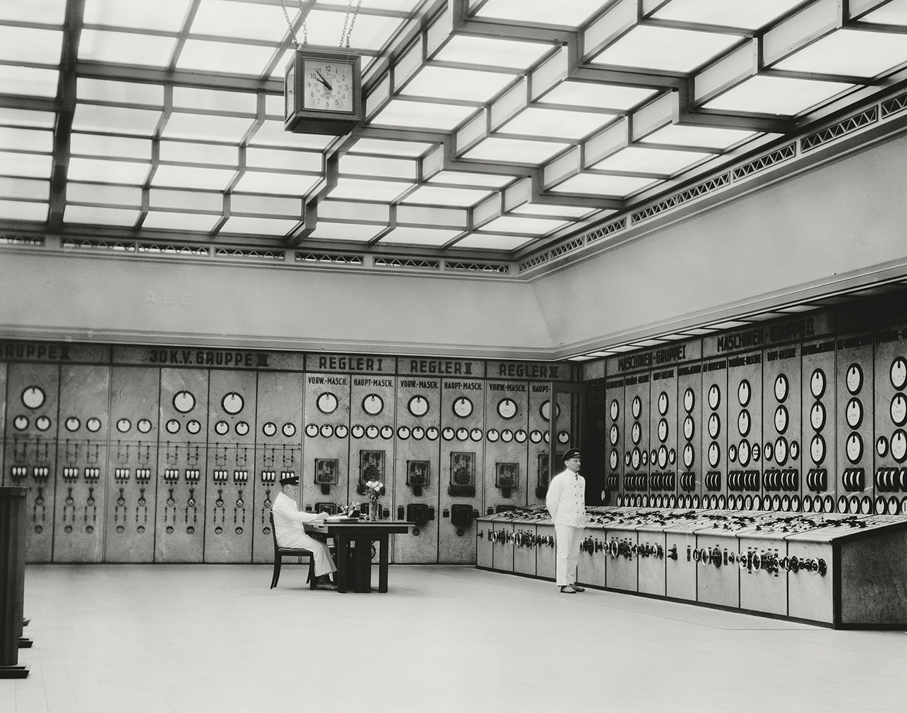 EO Hoppé, 'Control room, Klingenberg powerstation, Berlin', Germany, 1928. © 2017 Curatorial Assistance, Inc., EO Hoppé Estate Collection