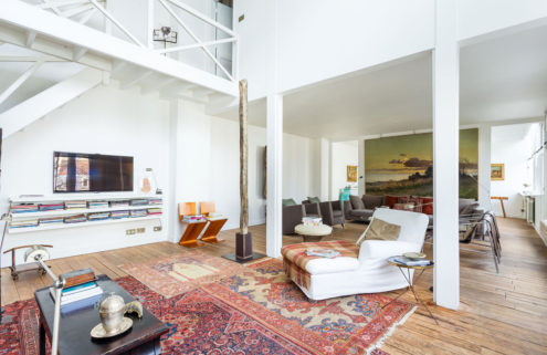 Light-filled warehouse conversion hits the market in Paris for €2.45m