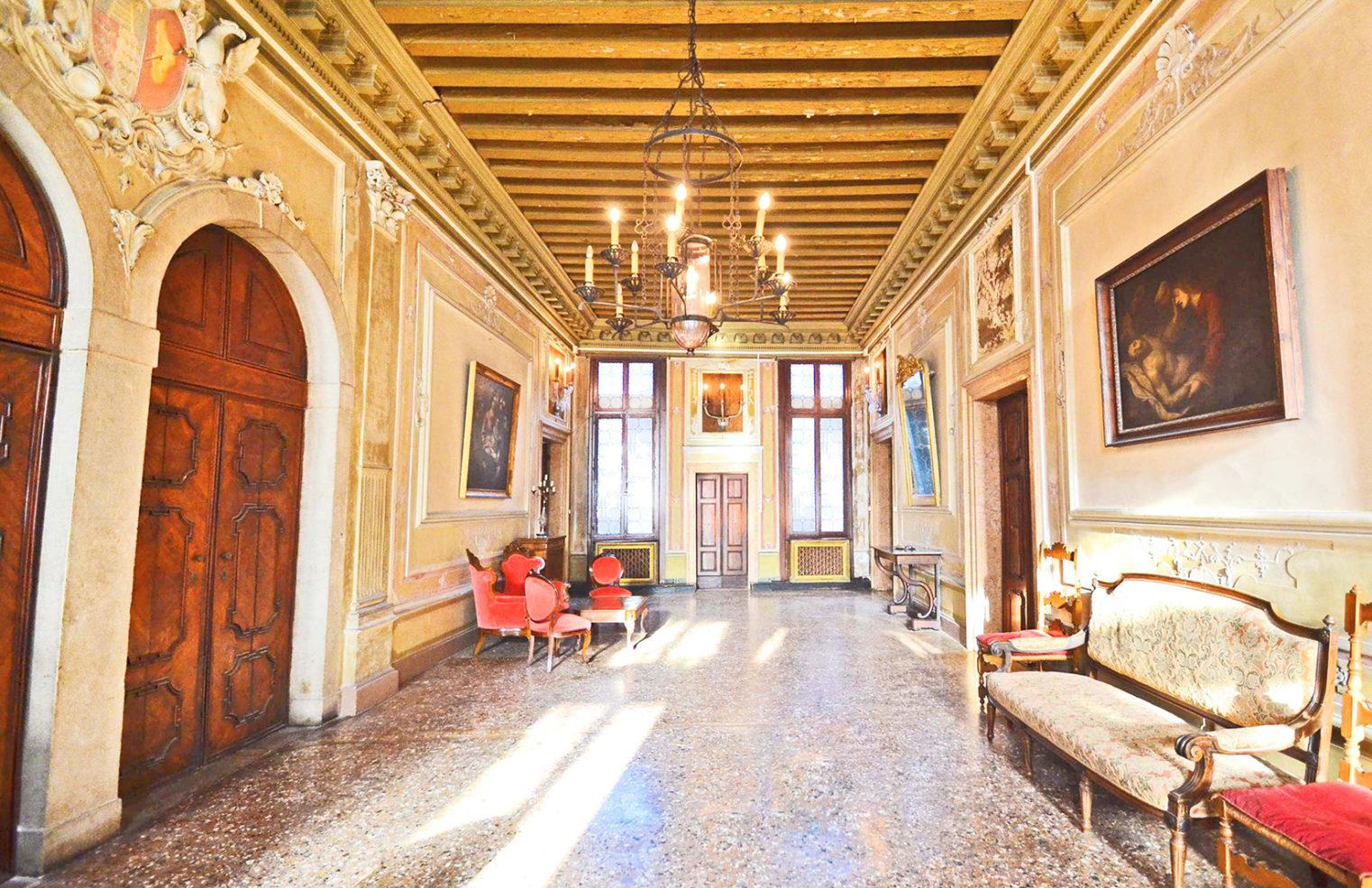 Venice apartment for sale