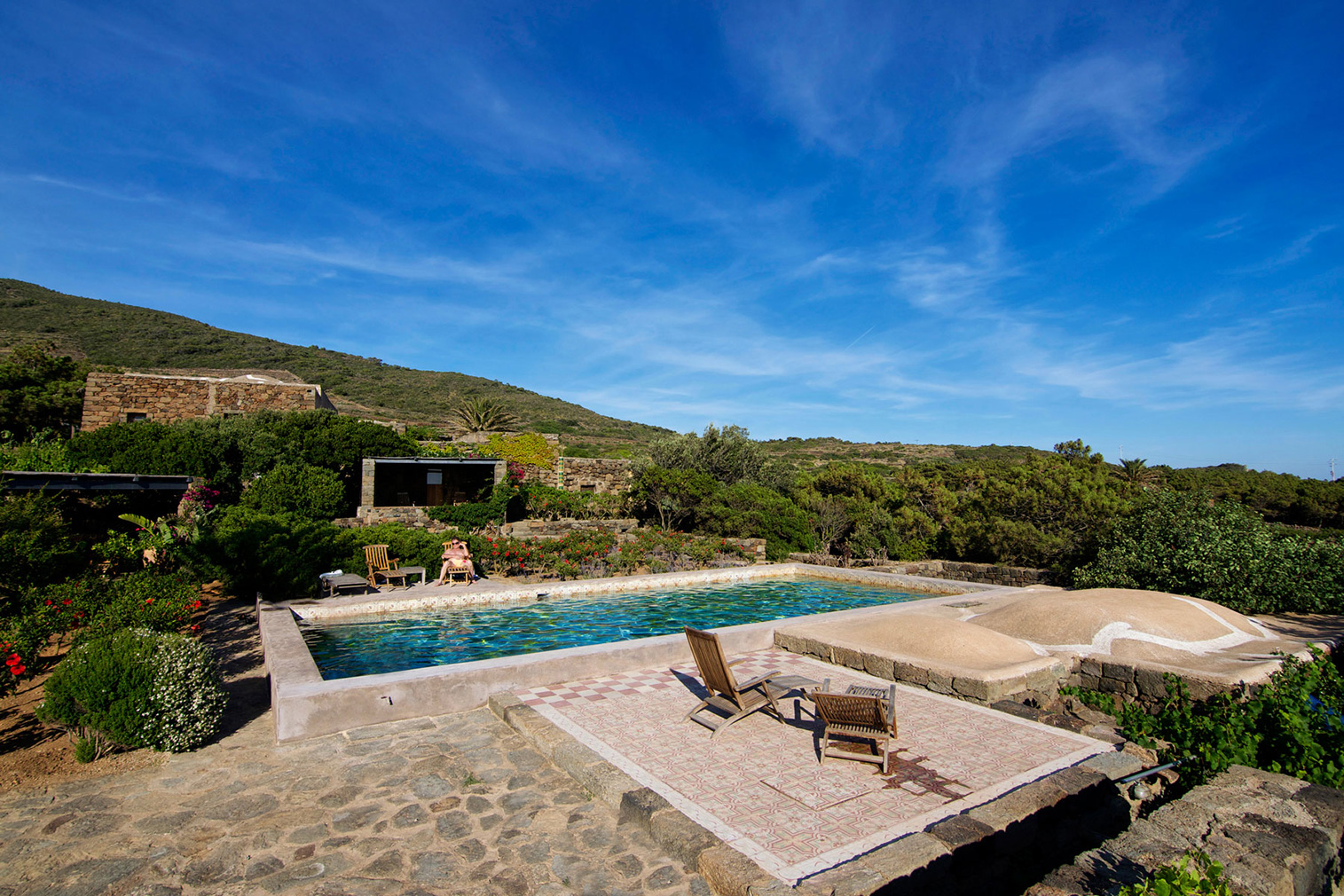 7 dammusi you can rent on the italian island of pantelleria - Dammusi con piscina pantelleria ...