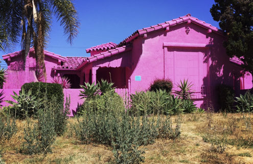 Hot pink houses cause a stir in LA