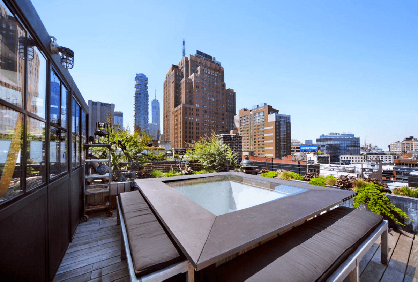 Tropical manhattan apartment lists for 16m for Manhattan apt for sale