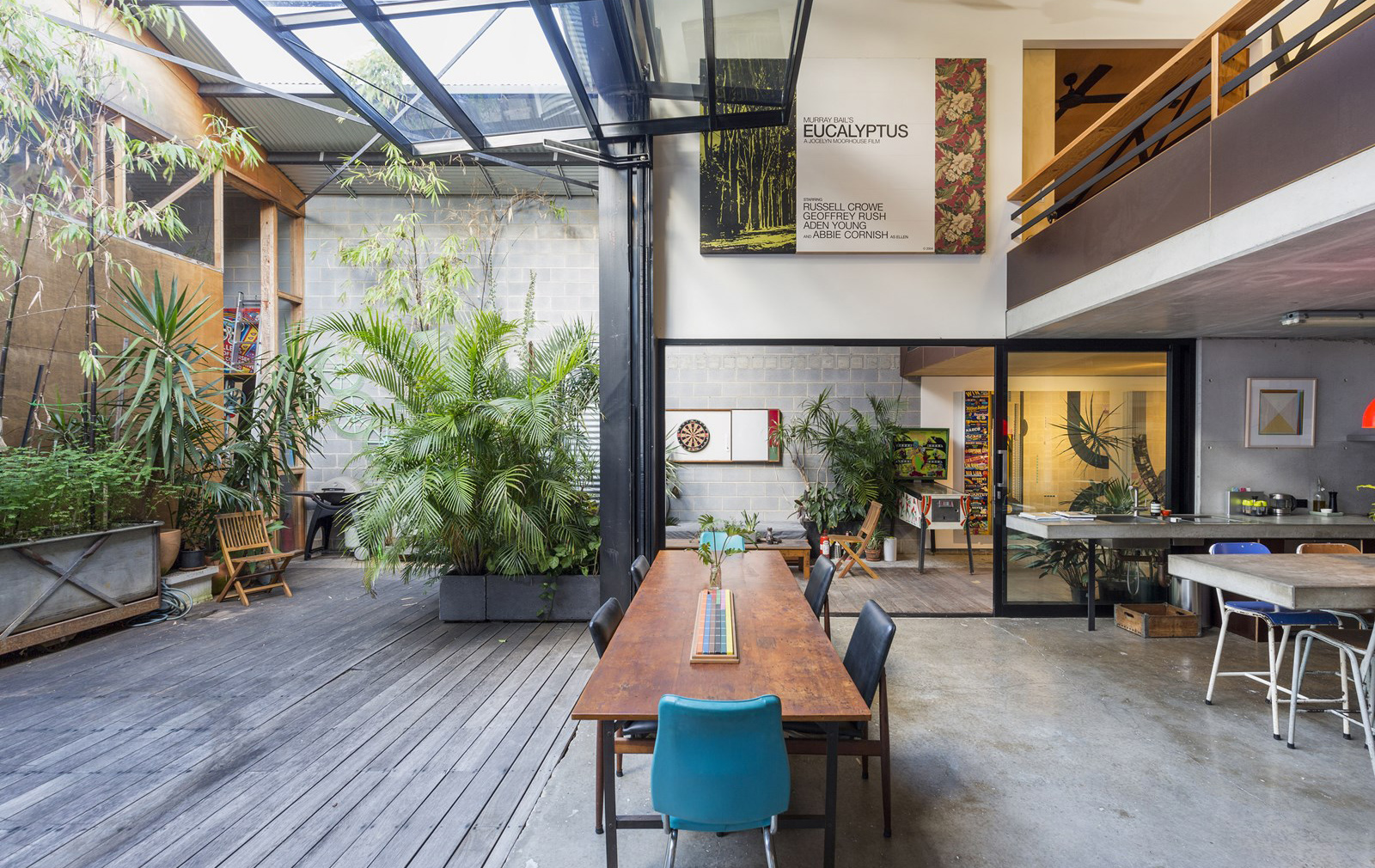 Concrete warehouse in Sydney designed by Artist James Powditch