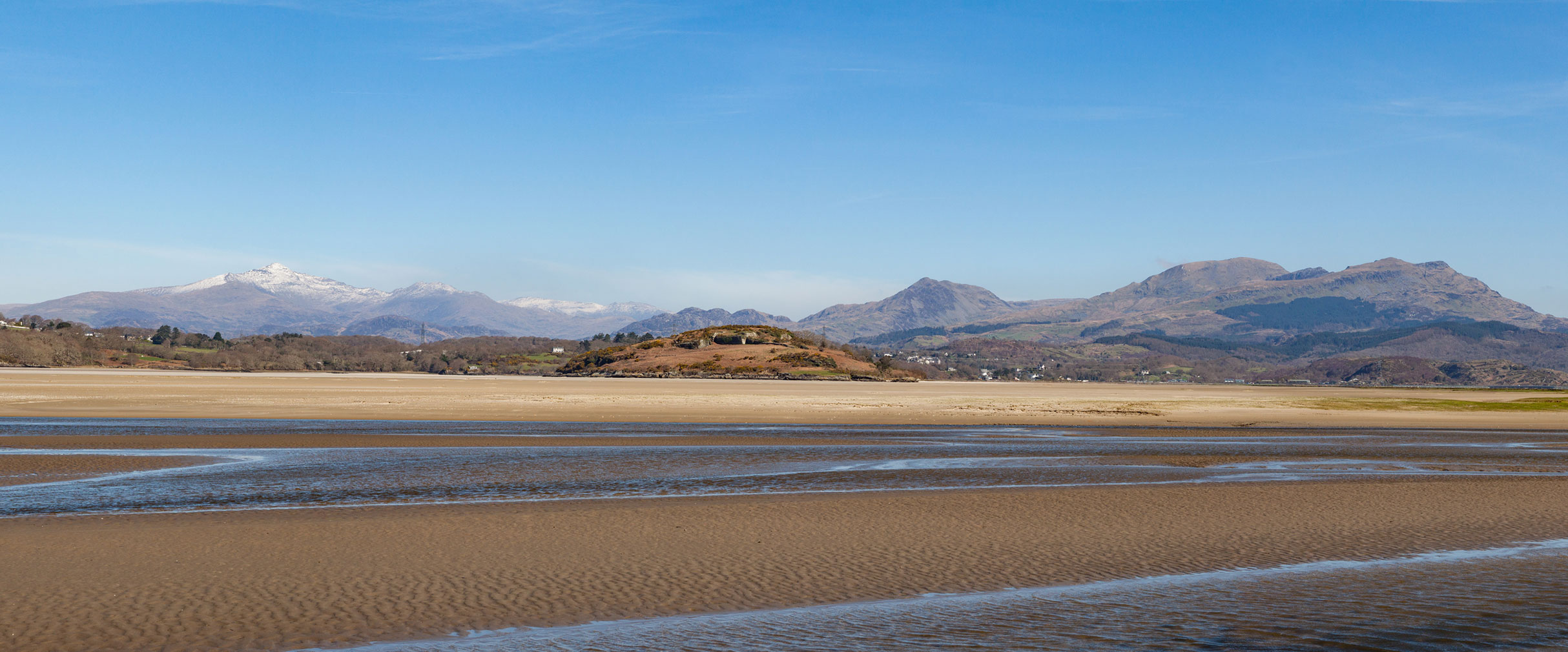 Ynys Giftan Island property for sale