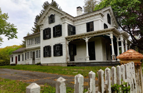 Own an entire Connecticut ghost town for $1.9m