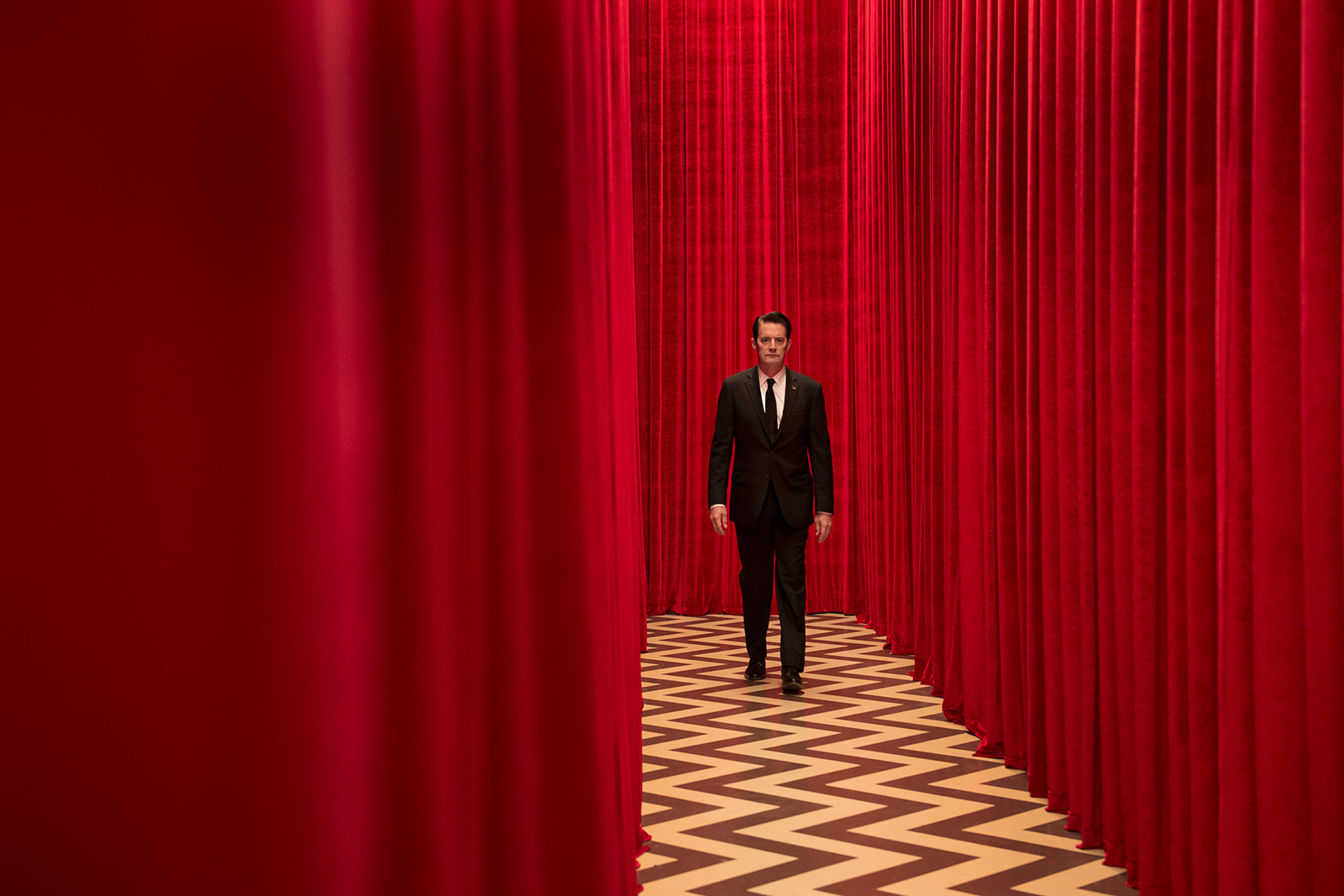 Twin Peaks Red Room set