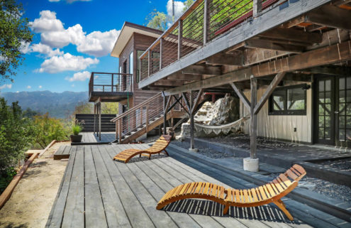 Hilltop cabin in LA County's Topanga lists for $995k