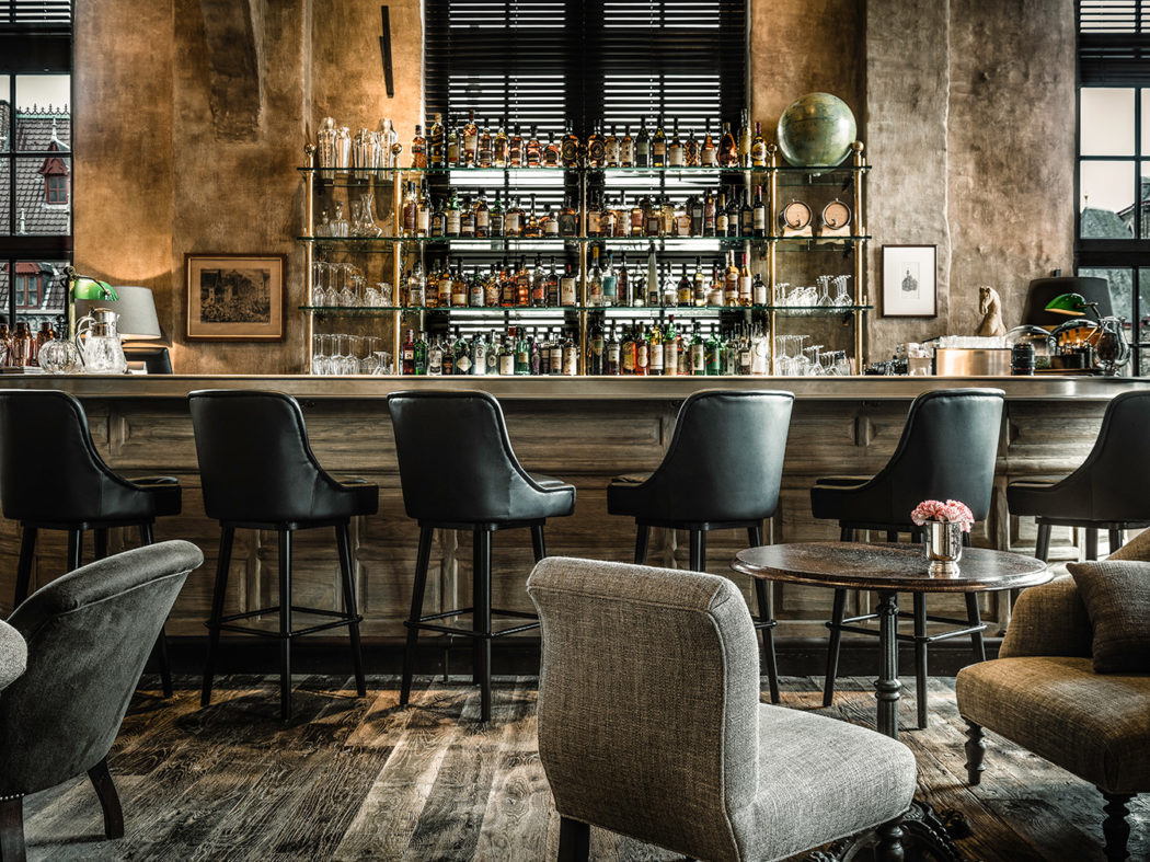 Ghent s historic post office is now a hotel complete for Hotel design gand