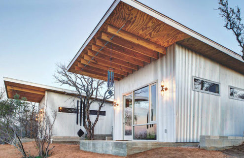 Stay at tiny home commune 'Bestie Row' in Texas