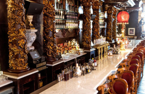 Oscar Wilde bar opens in New York – and it has the city's longest bar