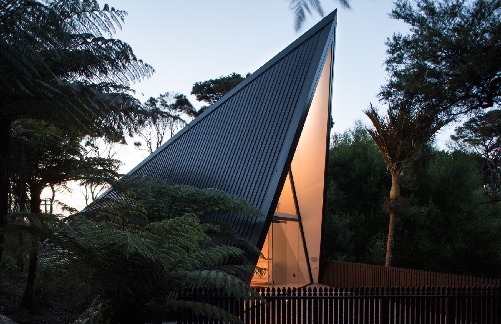 Tent House in Auckland New Zealand by designer Chris Tate & Holiday home of the week: a u0027tent houseu0027 in the wetlands of New ...