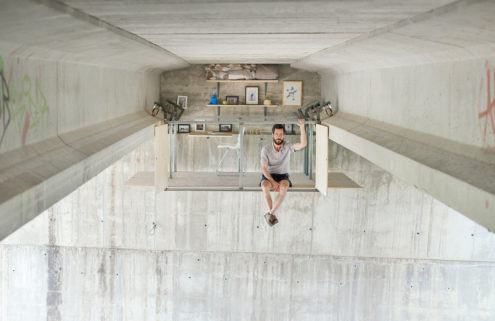 Fernando Abellanas designs a secret studio under a bridge in Spain