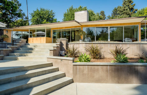Restored Case Study House 10 hits the market in Pasadena for $3m