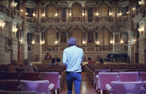 Phoenix roams around Teatro Bibiena in music video 'Ti Amo'