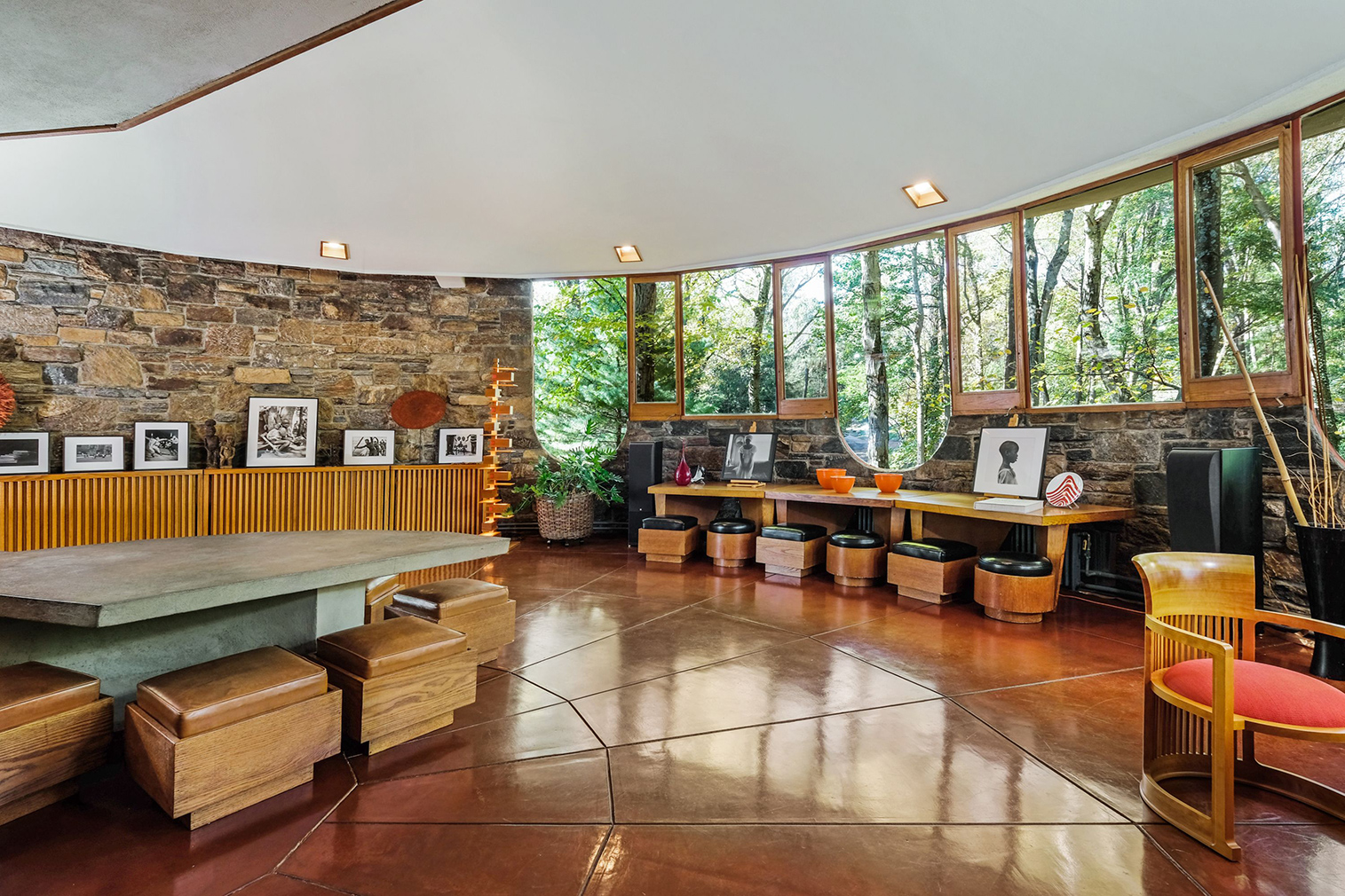 Frank Lloyd Wright's mushroom-like Sol Friedman House