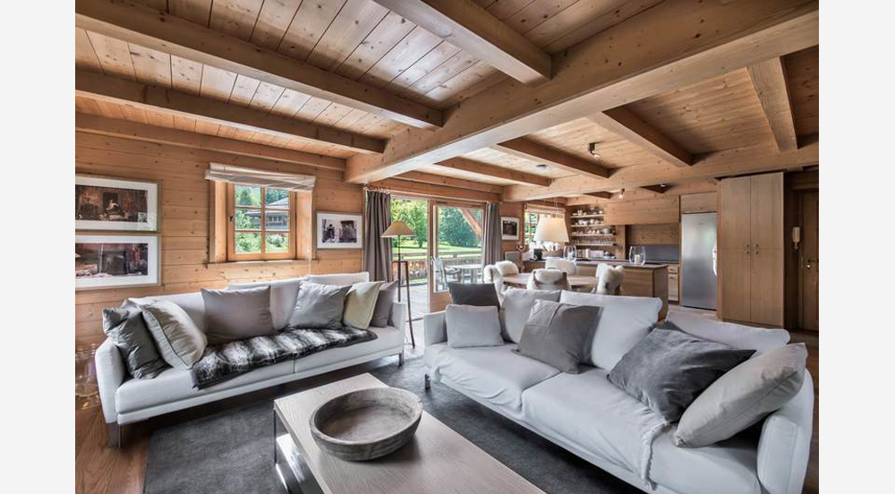 Chalet for sale Via Le Figaro