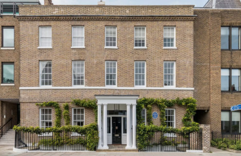 Virginia Woolf's Hogarth House hits the market in Surrey