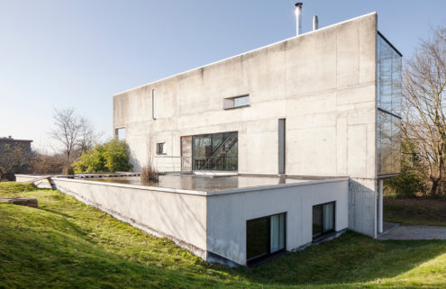 Brutalist villa by Peter Tachelet is for sale in Brussels