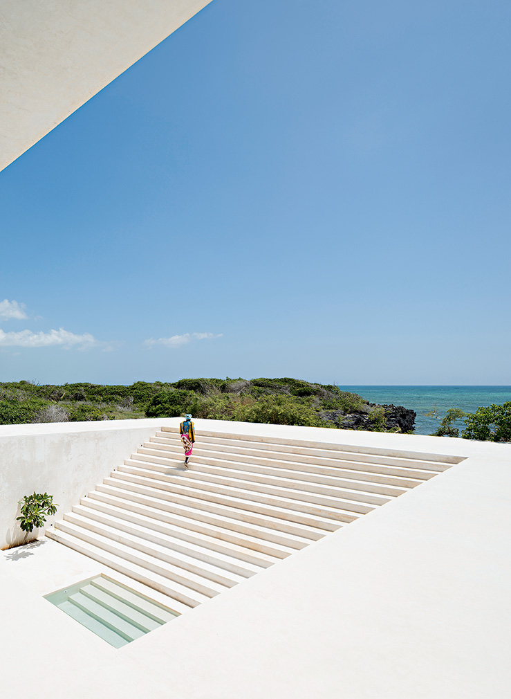 Living on the water: Tulia House by Alberto Moreli