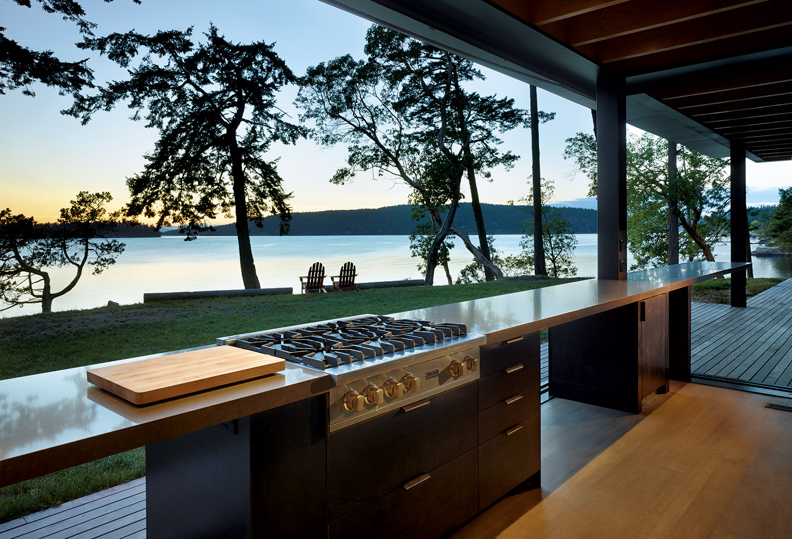 Living on the water: Pole House by Olson Kundig