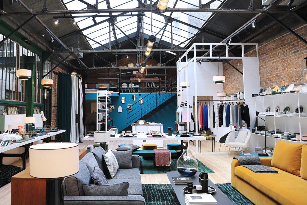 Sarah lavoine opens a design store in a hidden paris atelier for Boutique decoration maison