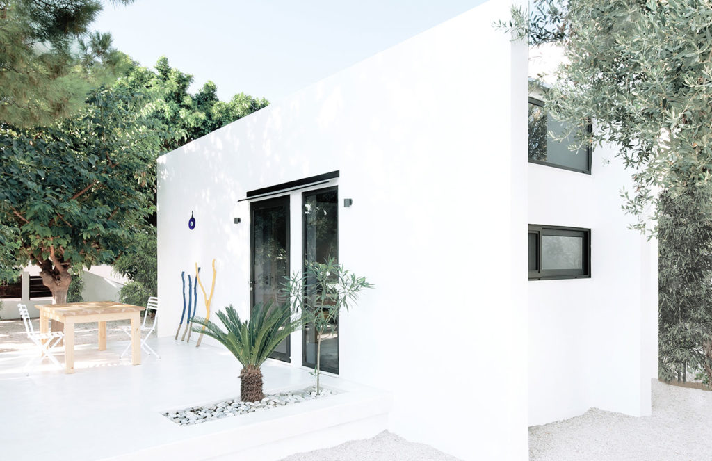 Holiday home of the week: a Monocabin for micro-living in Greece