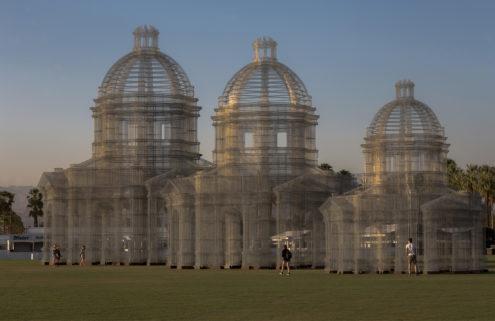 Edoardo Tresoldi builds ghostly arches in the desert at Coachella Festival